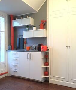 Studio with balcony in 16th Paris heart - Paris-16E-Arrondissement