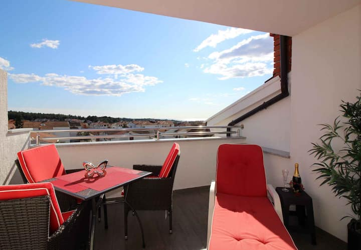 apartment for 2+2 persons in Poreč R85748