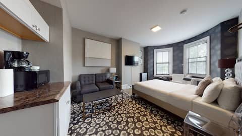 AT 3-32 Great Value For Your Boston Stay