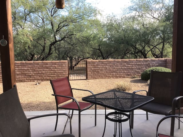 Tubac village winter home rental