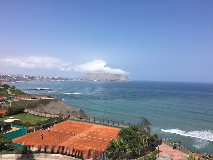 Ocean View Apartment in Miraflores - Amazing View!