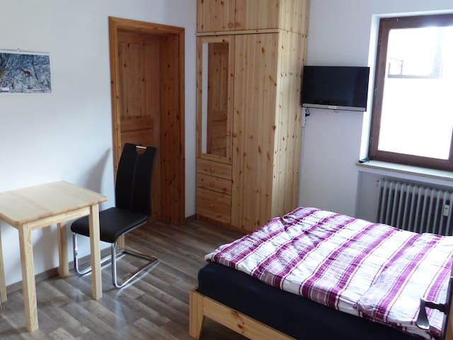 Hundefreundliches Appartement unter der Zugspitze - Ohlstadt - Apartmen
