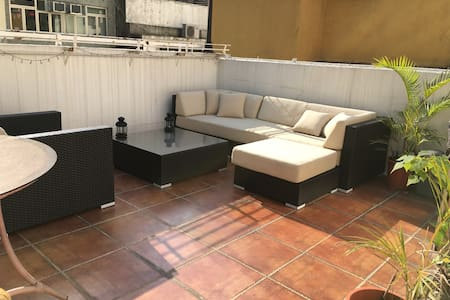 Sheung Wan, Private Roof Terrace! - Hong Kong - Apartment