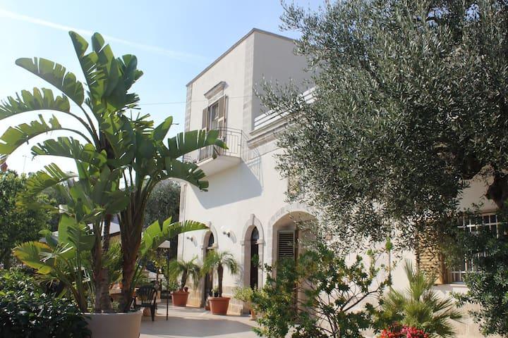 Tenuta Lacatena - Sant'Antonio D'ascula - Villa