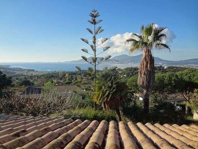 chambre villa individuelle avec vue exceptionnelle - Porticcio