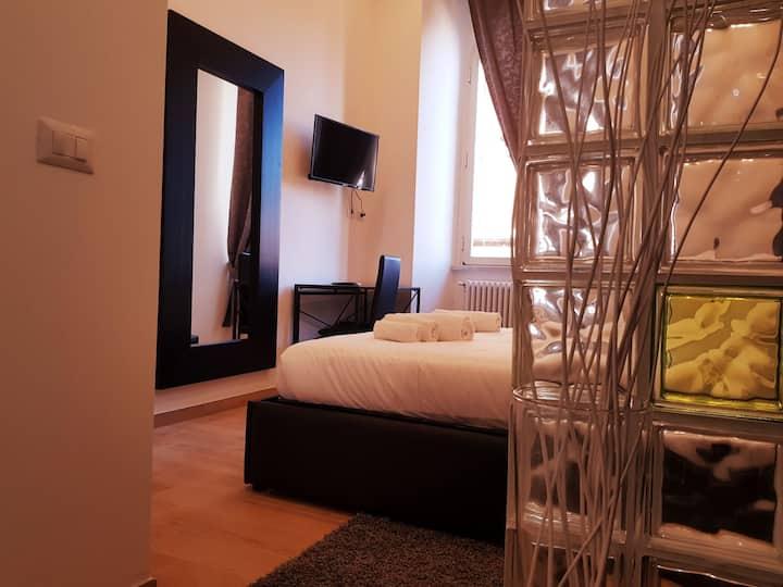 CAIROLI ROOMS 4