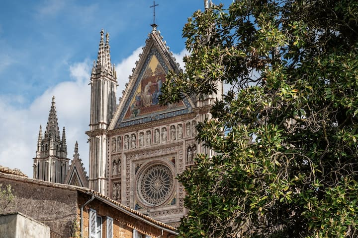 Home in Orvieto Studio- Vista Duomo