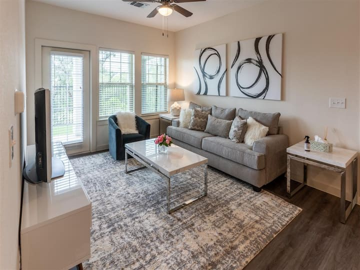 Relax in your own apt | 1BR in San Antonio