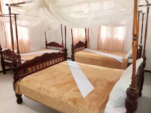 Sharook Riviera Grand Lodge (3/8)_Triple Bedroom