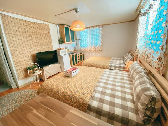 Cozy Studio in Center of Hongdae #2