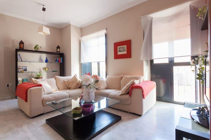 Ático con maravillosas vistas - Sevilla - Daire