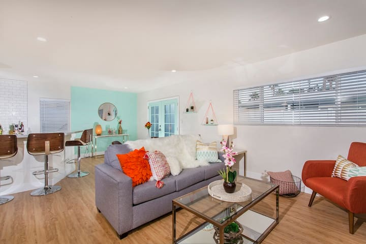 Gorgeous 2b Home! Perfect for your Desert Vacay!!!