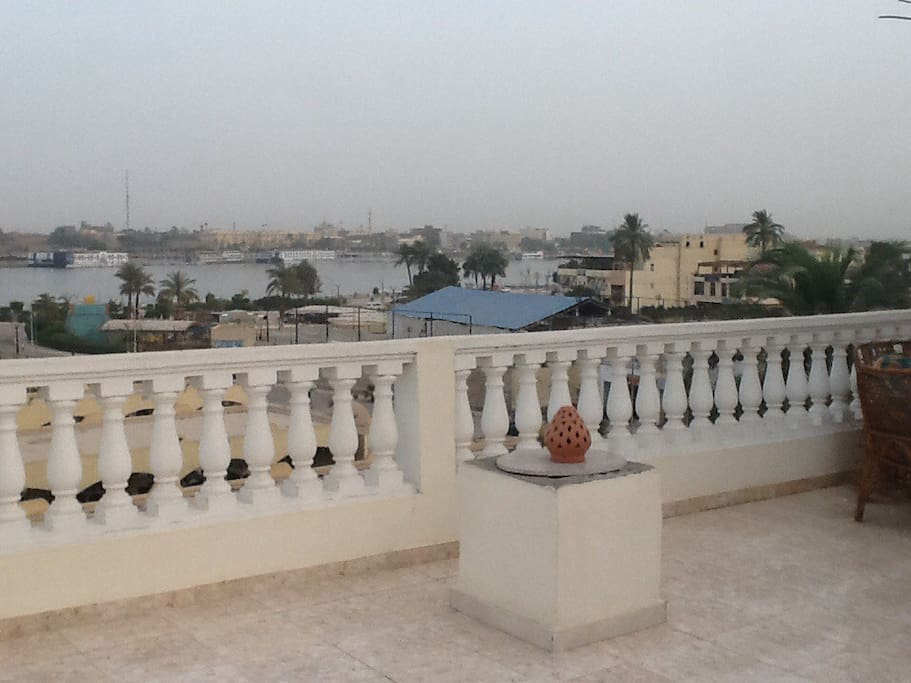 Studio located on the roof terrace with Nile view