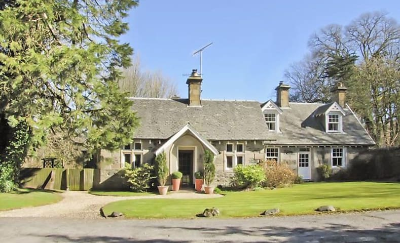 South Lodge Glenapp - Ballantrae - Hus