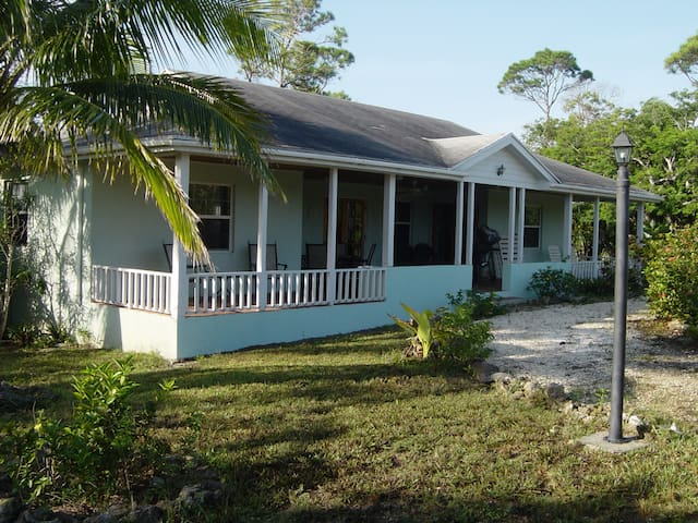 Hibiscus House, Green Turtle Cay - Green Turtle Cay - Hus