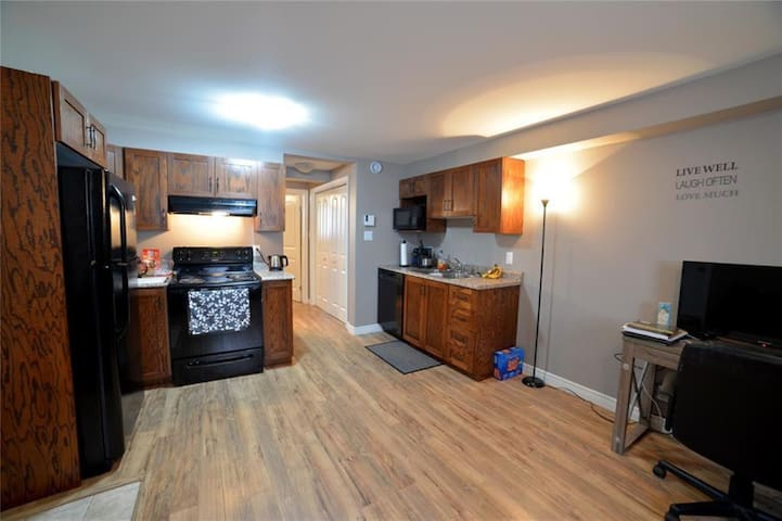 Nice 1 bedroom apartment in newer home