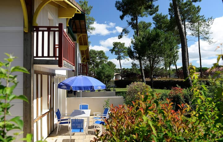 Jolie Maison au coeur du Golf ! Accès piscine et Wi-Fi gratuit