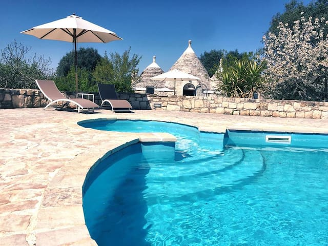 Trullo Giancamisa: Stylish & Private with Pool - Ceglie Messapica - Casa