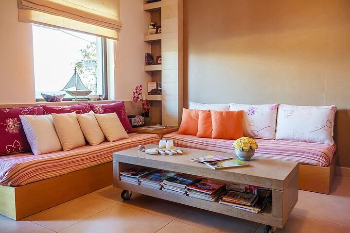 Beautiful Apartment - Makry Gialos - Departamento