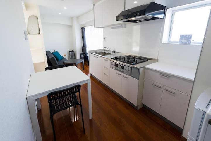 Clean and cozy apt/ only 5min to sta. [LICENSED] - Ōta-ku