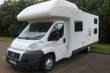 Camper/RV, Motorhome, (6 Adults 1 Child) - Harpenden - Husbil/husvagn