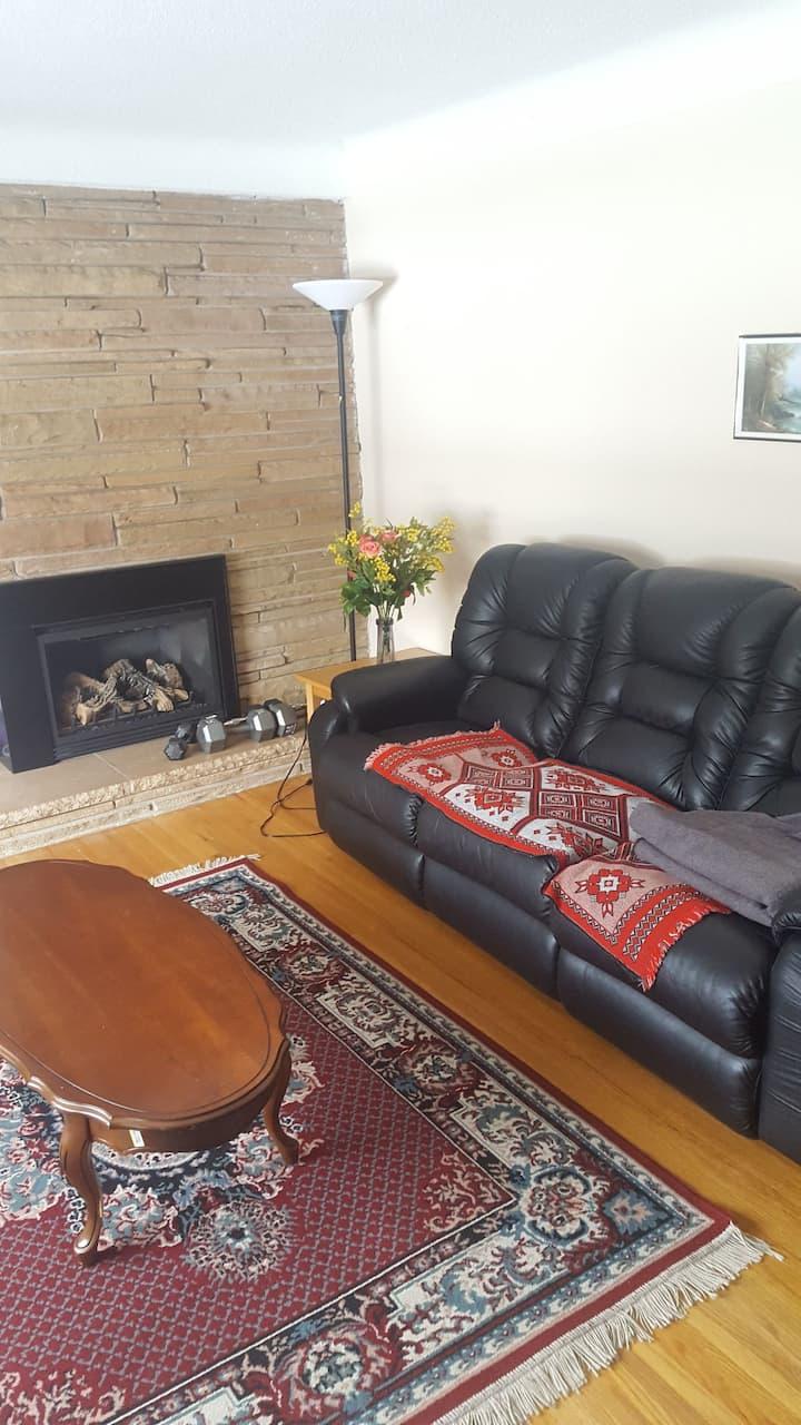 Comfy Private Spacious Retreat ROOM 3