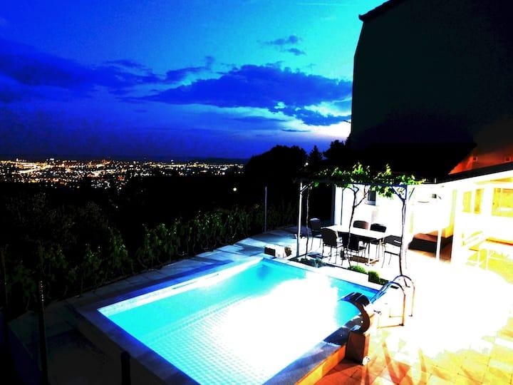 Villa Valenta-Klis near Split,  heated pool & view