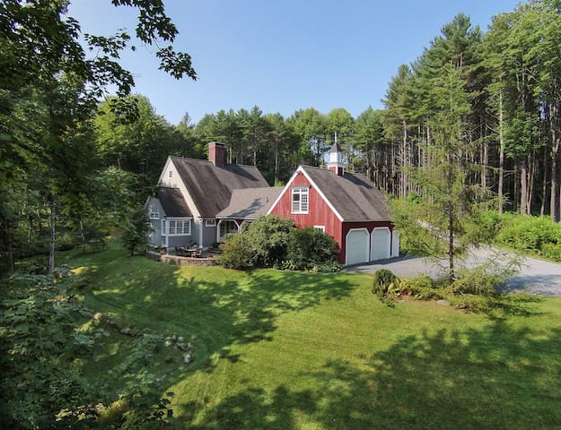 Streamside Gem, 4 min. to Village - Woodstock - Huis