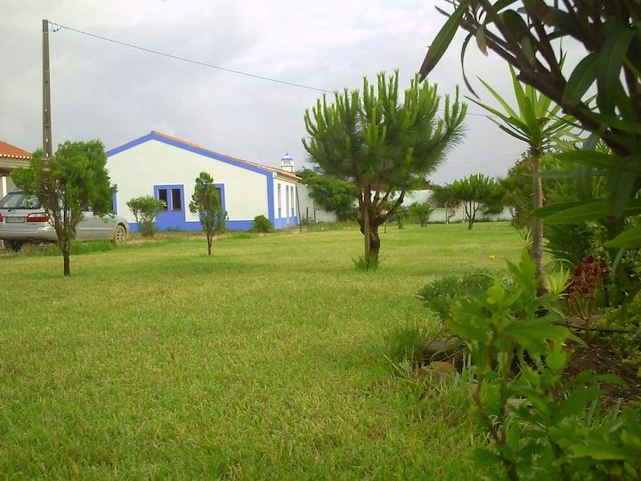 MONTE DA BAÍA DO TONEL - CASA VERMELHA - 151/AL