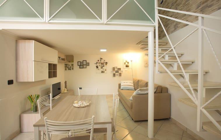Delizioso e Confortevole - Neapel - Wohnung