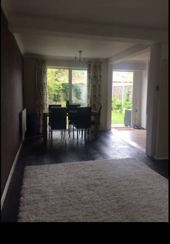Lovely room in a cosy house.( female tenant only)