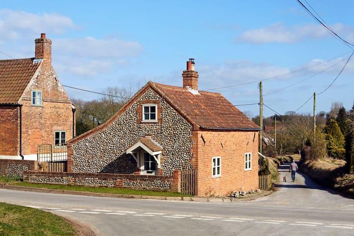 Dog Cottage (North Norfolk)