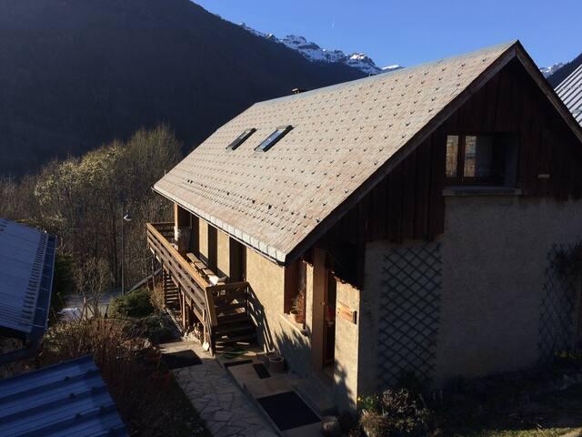 Maison 70 m2 , 6 couchages OZ- Alpe d'Huez - Oz - House