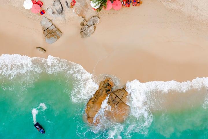 BEACH APARTMENT II | Private Beach & Service