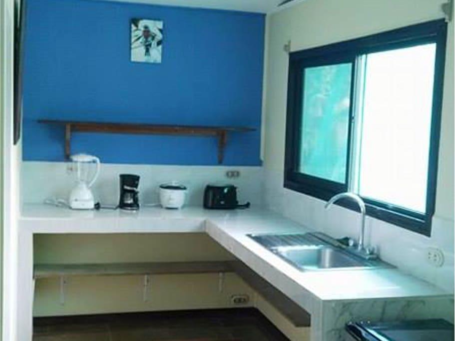 Newly renovated Mirador Studio Kitchenette