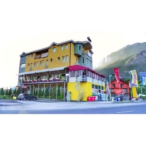 Hotel Rosi - Gusinje - Lägenhet