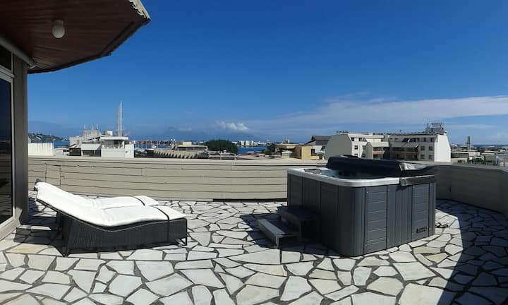 The Papeete Penthouse