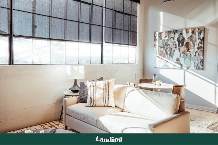 Landing | Rural Bliss with Modern Convenience