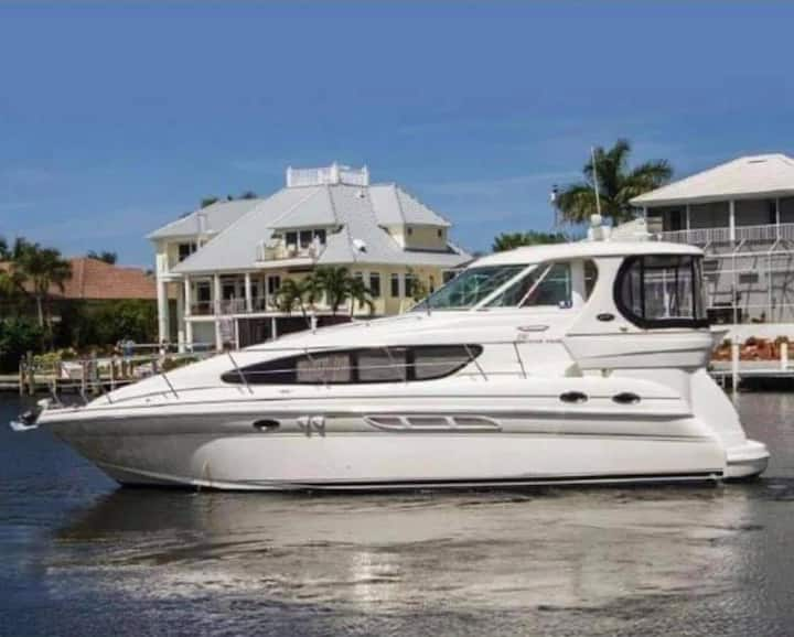 "Sunny Isle Beach ""PARADISE Living""on Sports Yacht!"