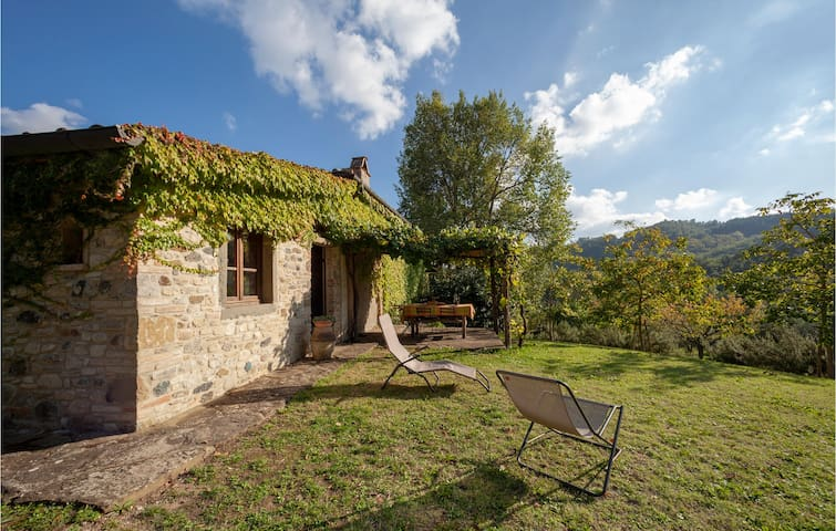 Holiday cottage with 3 bedrooms on 150m² in Anghiari -AR-