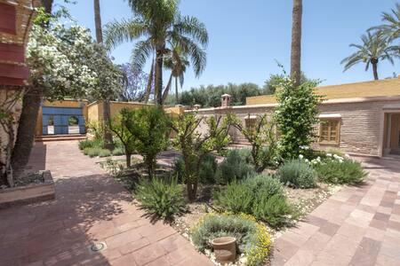 Exceptionnelle propriété au coeur de la Palmeraie - Marrakesh