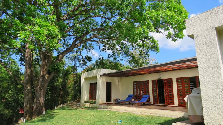 A Comfortable gorgeous House by the Minca river.