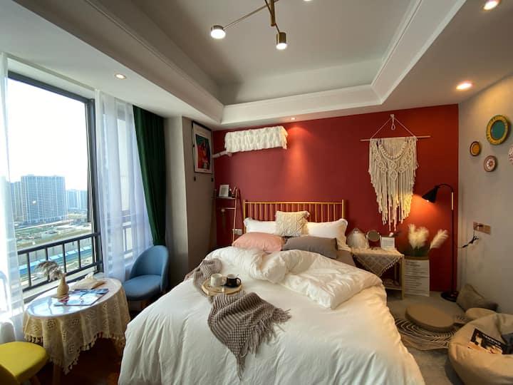 网红民宿#【偏偏·是你】万达商圈¥可咸可甜的北欧ins风+轻奢摩洛哥风情公寓