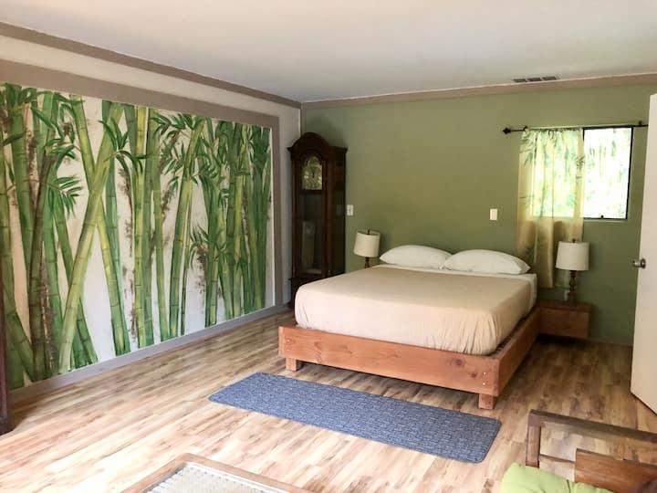 2Bedroom Hawaii Retreat! 10 mins from town!