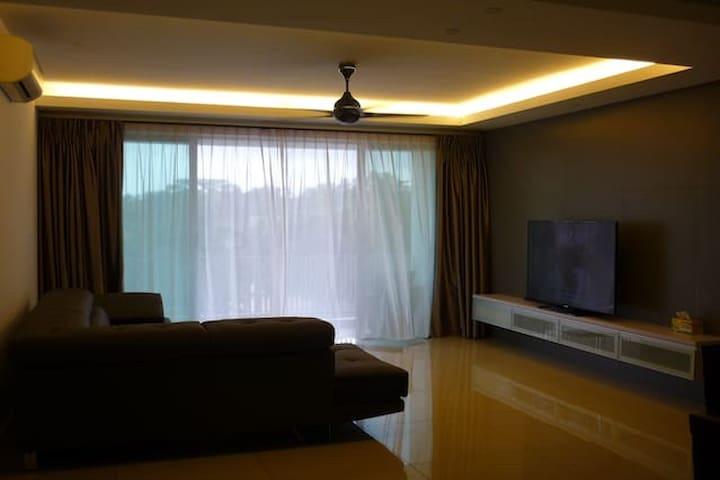 Molek Pine 3 Condominium with Japanese Onsen!