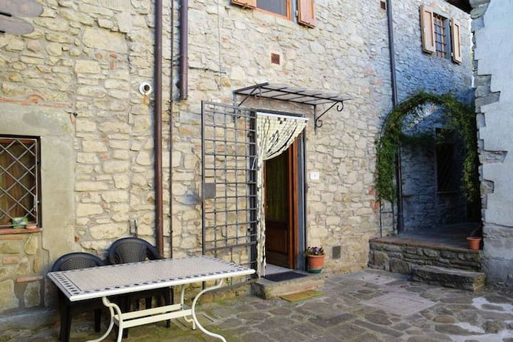 Collina Pistoiese - Lizzanello - Pistoia - Apartment