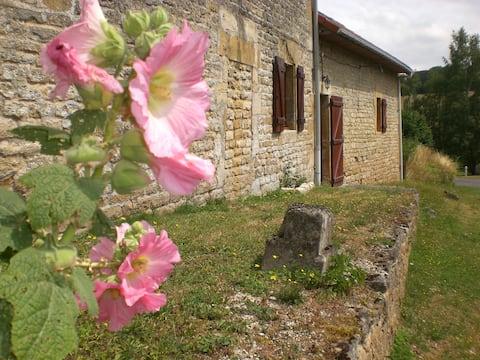 Gehele huis en platteland in een boerderij