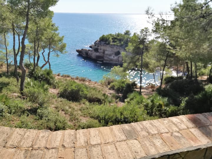 Casa Sinto, villa by the sea, with airco and pool