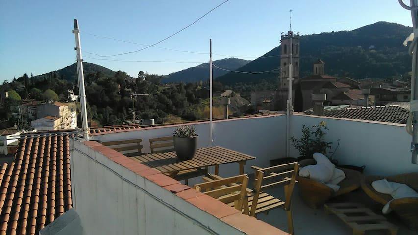 Tranquilidad y Montaña cerca de Barcelona - Sant Feliu de Codines - Casa