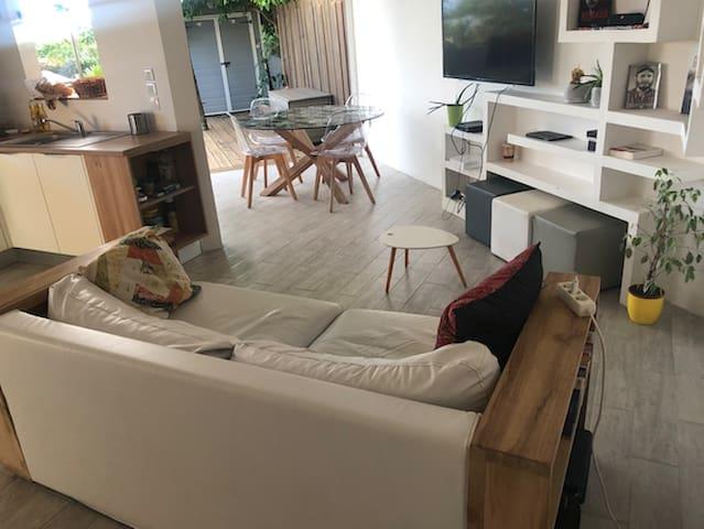 F3 meublé moderne, aéré, fonctionnel et agréable